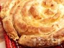 Рецепта Точена баница от домашно тесто с мая с шунка и праз лук